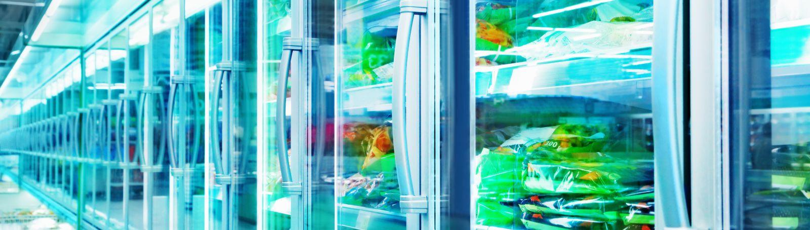 In Supermärkten entfallen etwa 50 Prozent des elektrischen Energieverbrauches auf die Kühlung von Lebensmitteln.