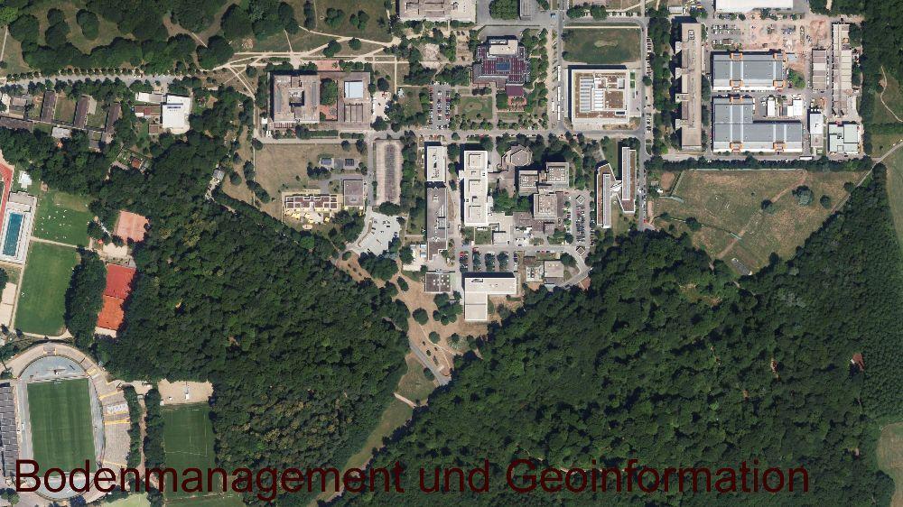 Der Campus Lichtwiese der TU Darmstadt ist durch Freiräume eindeutig zur Stadt abgegrenzt