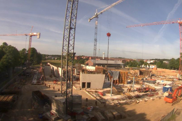 Baustelle des Zentralgebäude-Neubaus am 4. September 2013
