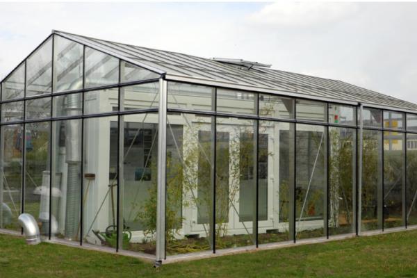 Demonstrationspavillon für ein urbanes Gewächshaus zur Solenutzung