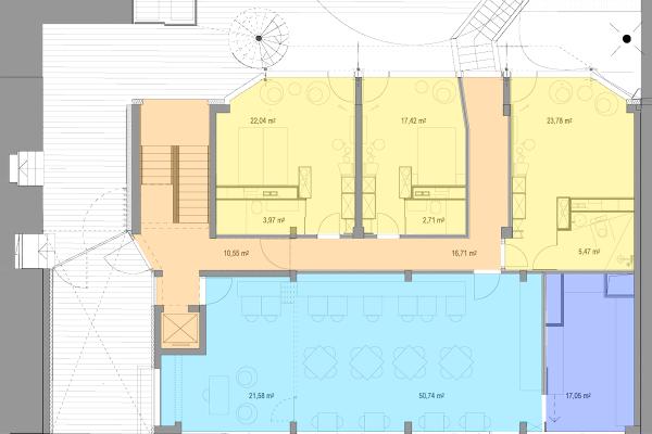 Grundriss Erdgeschoss – hier befinden sich Rezeption, Frühstücksraum, Küche und Zimmer, die zur Hofseite orientiert sind